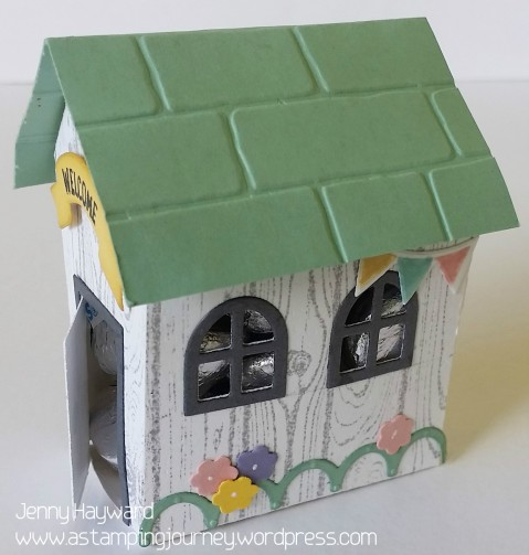 mint-macaron-larger-house